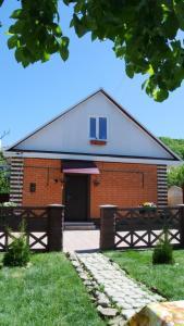 Гостевой дом Олеся, Цветочный