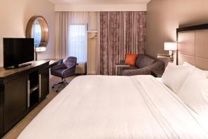 Hampton Inn & Suites Orlando-East UCF, Hotely  Orlando - big - 28