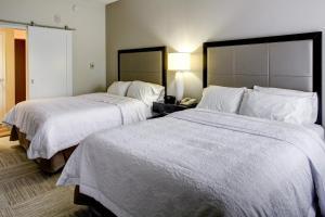 Hampton Inn & Suites Orlando-East UCF, Hotely  Orlando - big - 36
