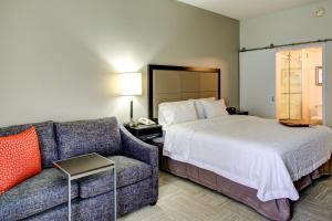 Hampton Inn & Suites Orlando-East UCF, Hotely  Orlando - big - 21