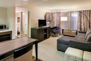 Hampton Inn & Suites Orlando-East UCF, Hotely  Orlando - big - 26