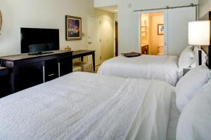 Hampton Inn & Suites Orlando-East UCF, Hotely  Orlando - big - 18