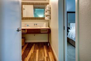 Hampton Inn & Suites Orlando-East UCF, Hotely  Orlando - big - 15