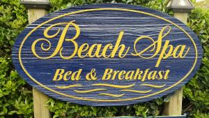 Beach Spa Bed & Breakfast, Bed and Breakfasts  Virginia Beach - big - 77