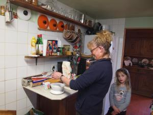 Chambres et Tables d'hôtes à l'Auberge Touristique, Bed and breakfasts  Meuvaines - big - 79