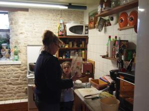 Chambres et Tables d'hôtes à l'Auberge Touristique, Bed and breakfasts  Meuvaines - big - 36