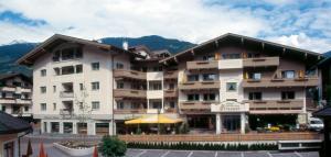 Apart Hotel Garni Strasser - Zell am Ziller