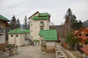 Отель София Форест Клуб, Яремче
