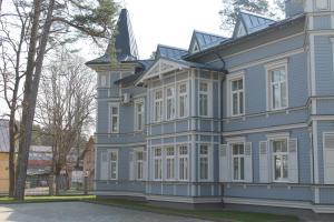 Katrin Apartments