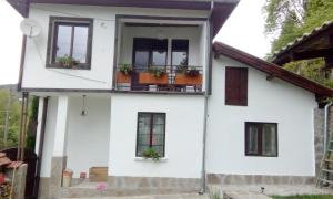 Diva Guest House - Balkanets
