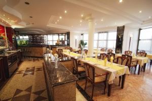 Bellevue Hotel and Resort, Hotels  Bardejov - big - 22