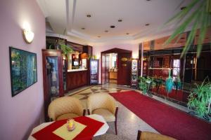 Bellevue Hotel and Resort, Hotels  Bardejov - big - 25