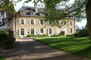 B&B Vassy Etaule, Bed & Breakfast  Avallon - big - 103