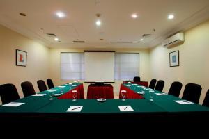 Batavia Apartments, Hotel & Serviced Residences, Апарт-отели  Джакарта - big - 32