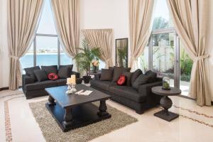 Nasma Luxury Stays - Frond D Palm Jumeirah, Дубай