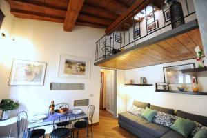 Acacia Apartments Salvia-Rosmarino - AbcAlberghi.com