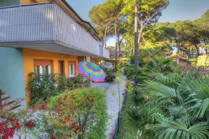 Residence Villa Laura - AbcAlberghi.com