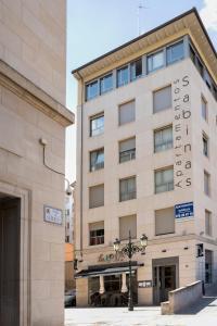 Apartamentos Sabinas El Pilar, Apartmány  Zaragoza - big - 44