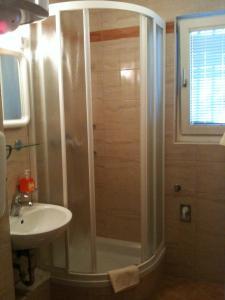 Apartment Rona Gajac Standard, Appartamenti  Novalja (Novaglia) - big - 13