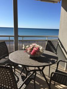 Pineda Beach, Ferienwohnungen  La Pineda - big - 5