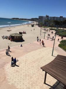Pineda Beach, Ferienwohnungen  La Pineda - big - 16