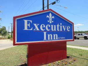 Executive Inn and Suites Tyler, Мотели  Тайлер - big - 43