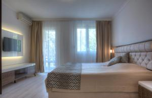 Hotel Adrović, Hotely  Sveti Stefan - big - 61