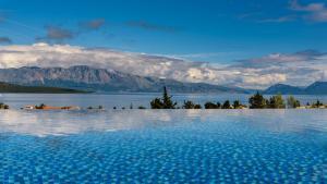Luxurious Villa Kastro with Salt Water Swimming Pool, Vily  Nikiana - big - 65