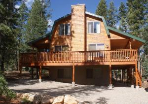 Whispering Pines Cabin