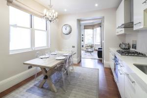 onefinestay - South Kensington private homes III, Апартаменты  Лондон - big - 158