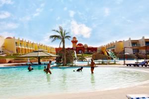 Onatti Beach Resort, Кусейр
