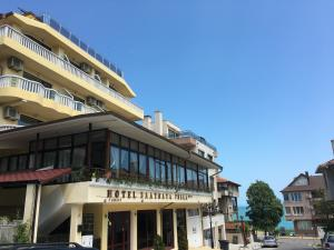 Golden Fish Family Hotel, Созополь