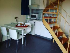 Apartment- Split Level
