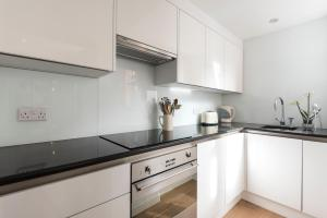 onefinestay - South Kensington private homes III, Апартаменты  Лондон - big - 140