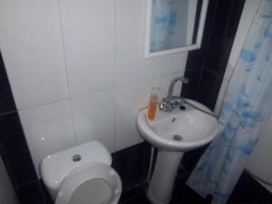 Guest House sweet home, Penzióny  Gori - big - 57