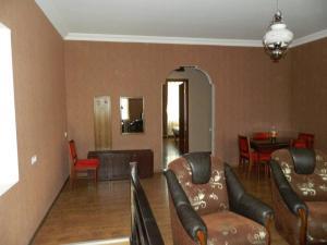 Guest House sweet home, Penzióny  Gori - big - 59