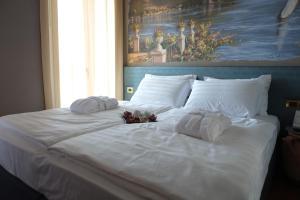 Michelangelo B&B, Bed & Breakfast  Varenna - big - 34