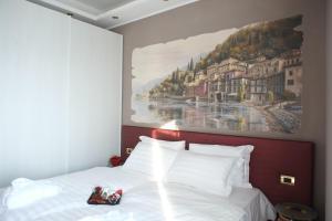 Michelangelo B&B, Bed & Breakfast  Varenna - big - 39