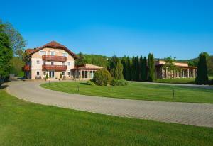 Hotel Honti, Hotely  Visegrád - big - 16