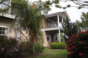 Beach Spa Bed & Breakfast, Bed and Breakfasts  Virginia Beach - big - 78