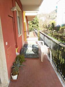Casa San Terenzo a due minuti dal mare - AbcAlberghi.com