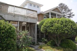 Beach Spa Bed & Breakfast, Bed and Breakfasts  Virginia Beach - big - 81