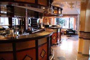 Hotel Bavaria - First Library Hotel, Hotely  Trogir - big - 56