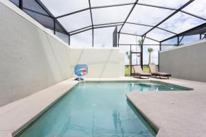 Luxury 4 Bed / 3 Bath Villa at Storey Lake, Ferienhäuser  Kissimmee - big - 16