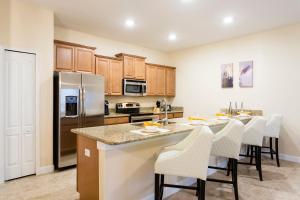 Luxury 4 Bed / 3 Bath Villa at Storey Lake, Holiday homes  Kissimmee - big - 7