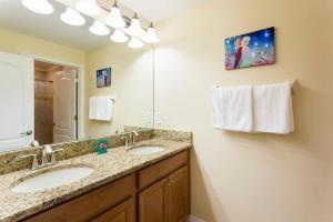 Luxury 4 Bed / 3 Bath Villa at Storey Lake, Holiday homes  Kissimmee - big - 10
