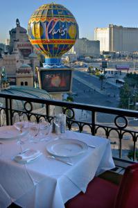 Paris Las Vegas Hotel & Casino (36 of 48)