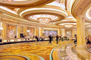 Caesars Palace Las Vegas Hotel and Casino (17 of 109)
