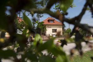 Pension Rekreačný dom SISI Podhájska Slowakei
