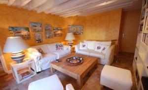2 Bedroom Apartment-Luxembourg Garden - Paris
